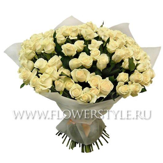 Красивый букет из кремовой розы (101, 151 или 201)