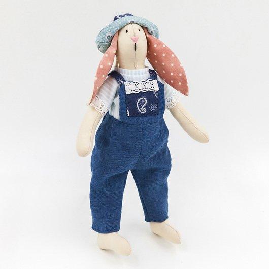Игрушка ручной работы - Кролик Сэм дополнительные изображения