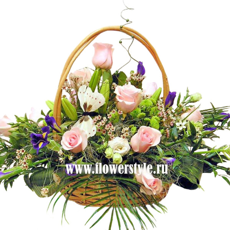 Подарочная корзина «Праздник весны»