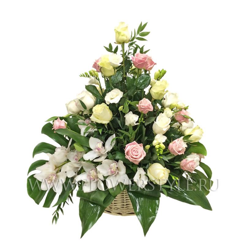 Подарочная корзина «Прекрасной даме»
